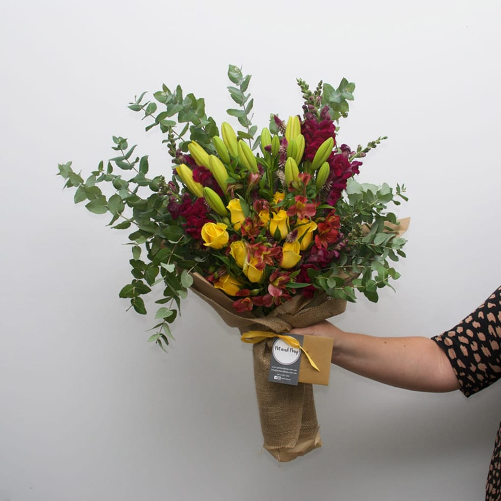 Flower delivery by pot and posy flowers plants and gifts west sydney posies same day flower delivery izmirmasajfo