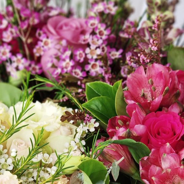 Bouquets and Flowers - Leading Flower Workshops in Western Sydney - Mother's Day Posy Workshop