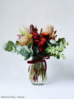 Natives Posy in Vase • Small